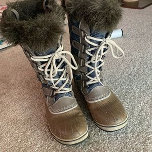 Sorry Joan of Arctic Rain/Snow duck boots